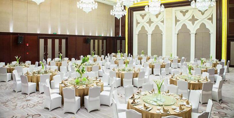 410平米无柱大厅,办婚宴就来万泽玛丽蒂姆大酒店