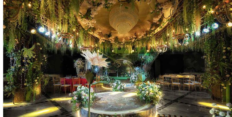耗费30万的爱丽丝梦游仙境主题婚礼,8888拿走直接一步到位,心动了吗